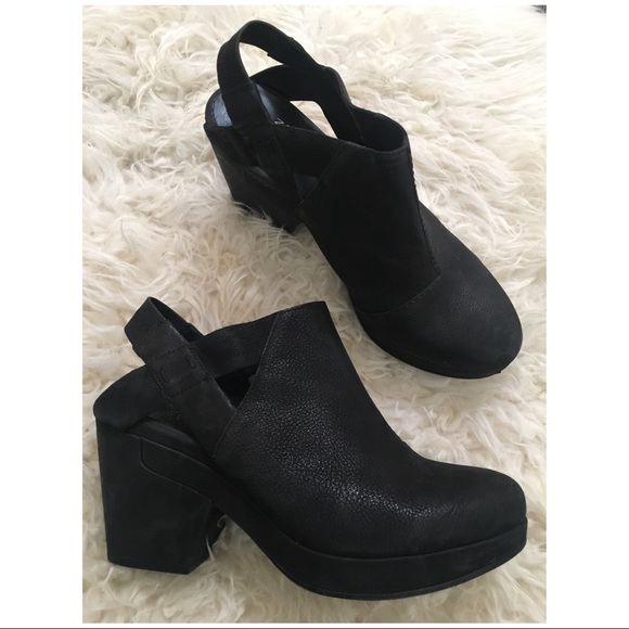 a0f0938f38f Eileen Fisher Shoes - Eileen Fisher Grip Black Platform Clog Booties